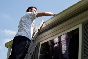 ROOF'S GUTTERS